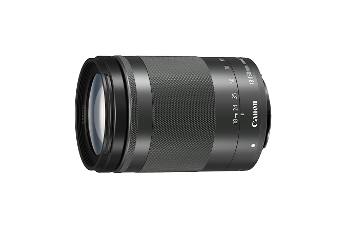 EF-M 18-150mm f/3.5-6.3 IS STM view 1